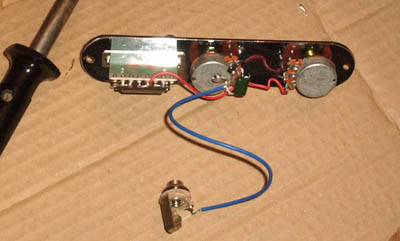building a saga tc 10 part 5 wiring the electrics rh manchesterguitartech co uk