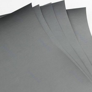 wet-and-dry-paper-1229445